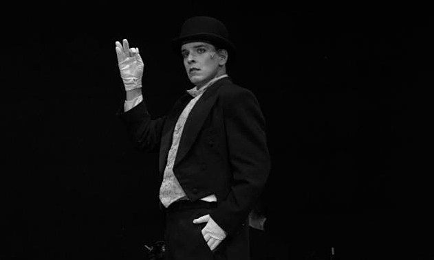 Cabaret Kabaré Gulyás Balázs színész