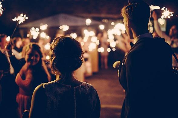 Csillagszóró esküvőn